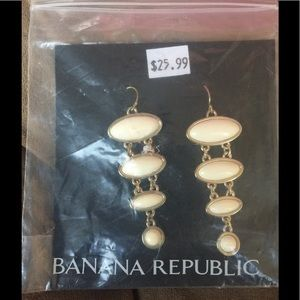 Banana Republic Hanging Earrings